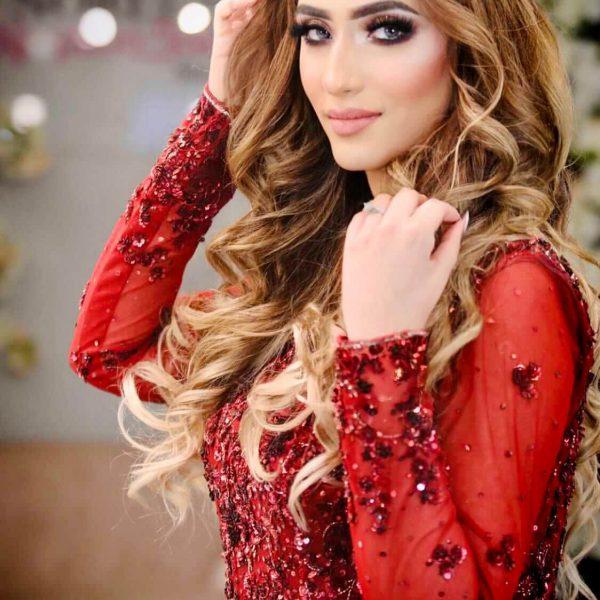 pakistani-girl-with-soft-glam-makeup